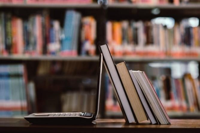 Formação Tradicional VS E-Learning