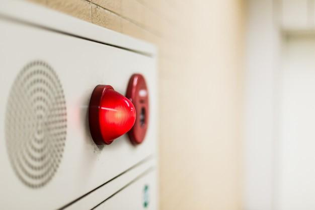 O que deve fazer numa evacuação de emergência?